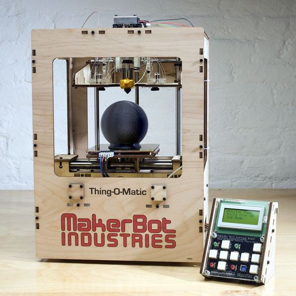 File:Makerbot-thing-o-matic.jpg